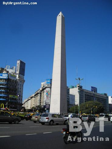 9 De Julio Ave. And The Obelisk