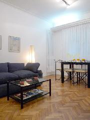 Apartment in Recoleta: Barrio Norte, Buenos Aires : Paraguay and Talcahuano